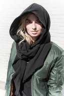 ADULT--HOODED-SCARF-ZWART