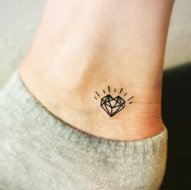 GEOMETRIC-HEARTS-FEATHERS-DIAMONDS-&-UNICORN-TATTOOS